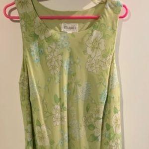 Pretty green floral dress Plus size